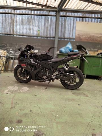 SUZUKI - GSXR 600 K7 - foto 3