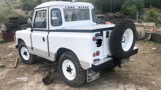 LAND-ROVER - DEFENDER - foto 2