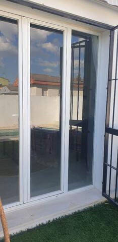 Puertas Aluminio Jardin