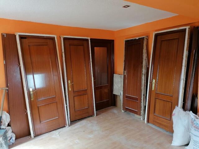 Puertas De Interior De Madera Completas