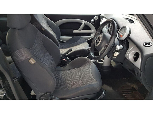 Interior De	Mini One 90Cv W10B16A R50 20