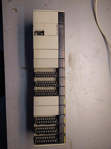 PLC OMRON - foto 1