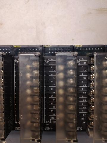 PLC OMRON SYSMAC CJ1M - foto 7