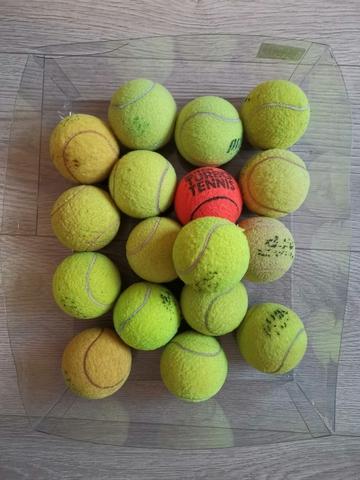 17 Bolas De Tenis Y Padel