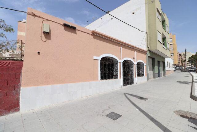 VENTA DE CASA EN CARRETERA RONDA - foto 2