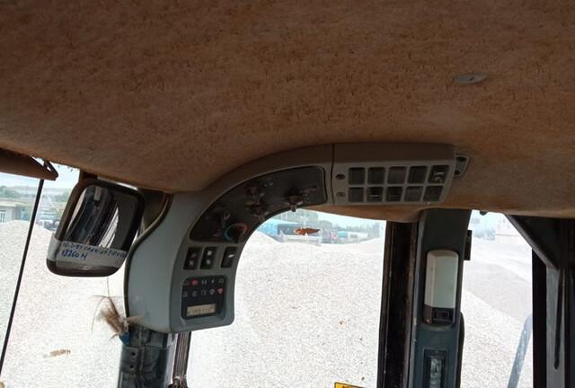 CARGADORA DE RUEDAS FIAT HITACHI W290 - foto 6
