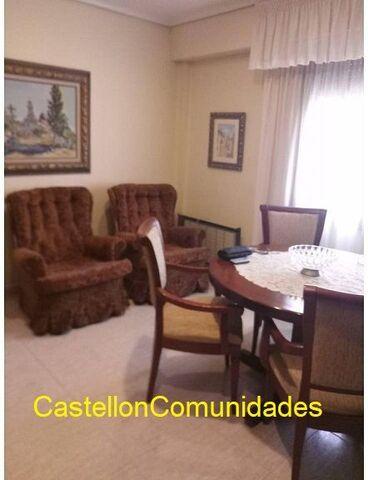 PISO CON ASCENSOR - OCASION 75. 000. -€ - foto 9
