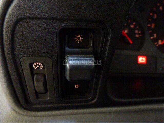 BMW SERIE 8 850CSI - foto 10