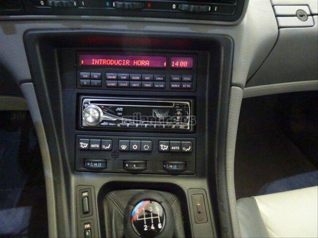 BMW SERIE 8 850CSI - foto 15