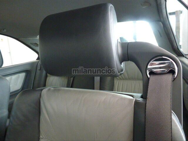 BMW SERIE 8 850CSI - foto 19