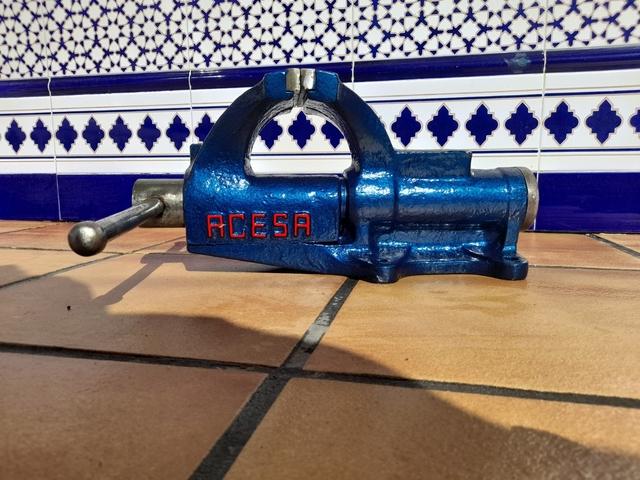 Tornillo De Banco Acesa 125