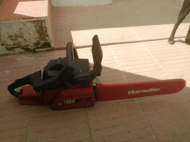 Motosierra Homelitte 252