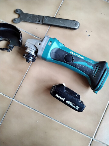 Amoladora Makita Bateria 18V