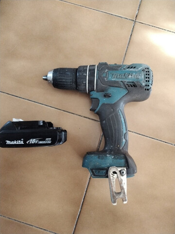 Taladro Percutor Makita Bateria 18 V