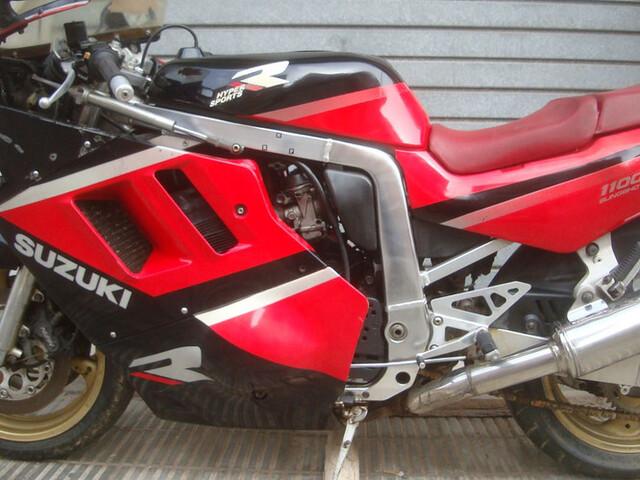 SUZUKI - GSX 1100 R - foto 5