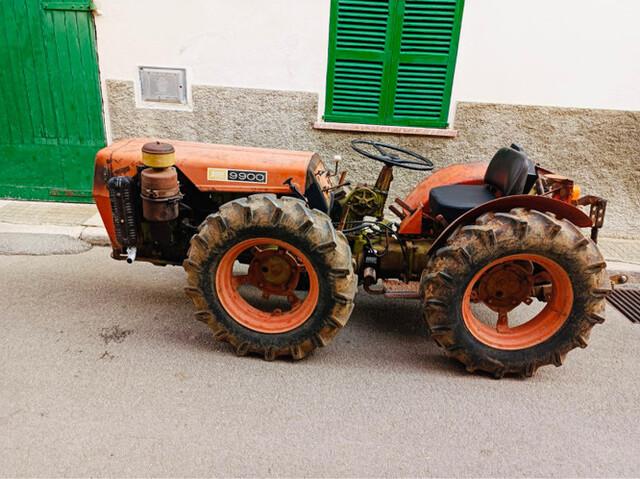 TRACTOR AGRIA 9900 Y HERRAMIENTAS - AGRI - foto 1