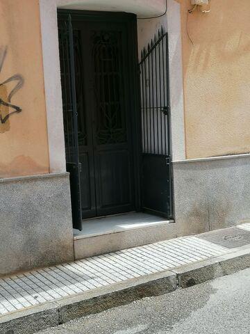 ALQUILO ESTUDIOS/TRASTEROS CENTRICOS - foto 1