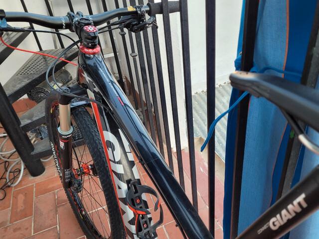 Bicicleta 29 ,  Giant Xtc Carbono