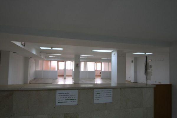 LOCAL PARA OFICINAS EN SANTA MARINA - foto 6