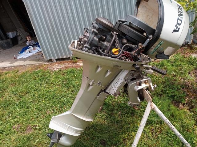 MOTOR FORABORDA HONDA 10 CW.  - foto 2