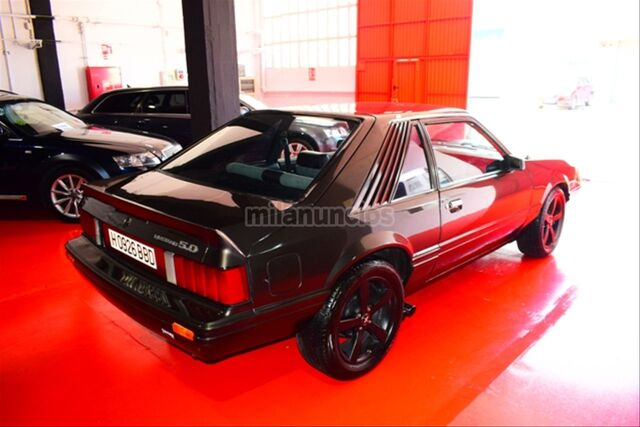 FORD MUSTANG COUPE 5. 0GT 1978 - foto 8