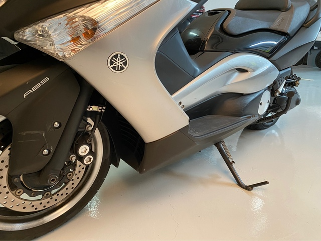 YAMAHA - TMAX SPECIAL EDITION - foto 3