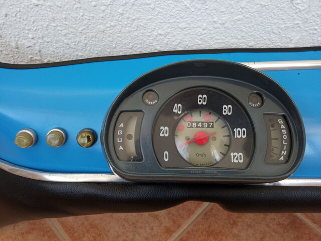 SALPICADERO SEAT 600 - foto 3