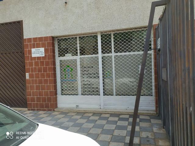 COCHES CLASICOS PLAZAS DE GARAJE - VARIOS - foto 1