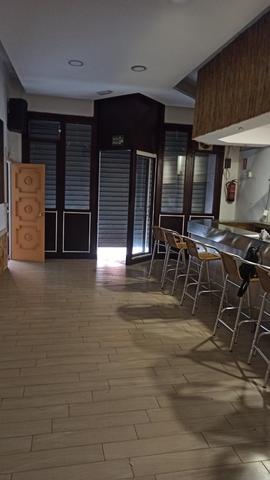 CENTRO DEL PUEBLO - RAMÓN Y CAJAL,  11 - foto 2