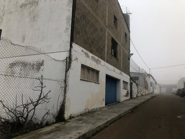 NAVE INDUSTRIAL - CALLE EL ACEBO - foto 1