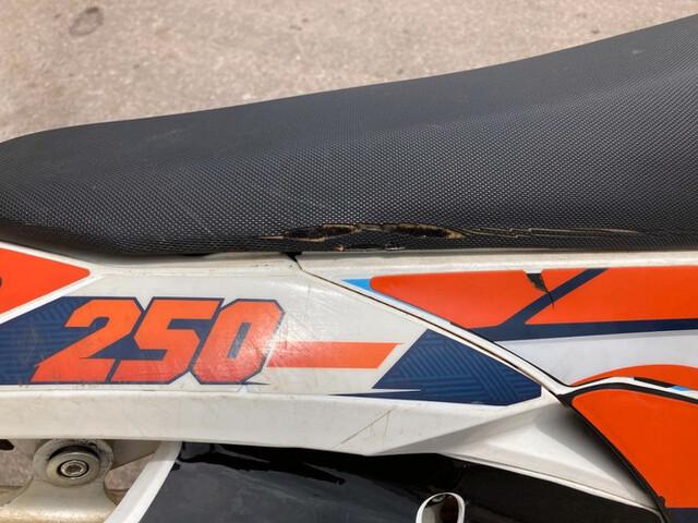 KTM - 250 EXC-F FACTORY - foto 9
