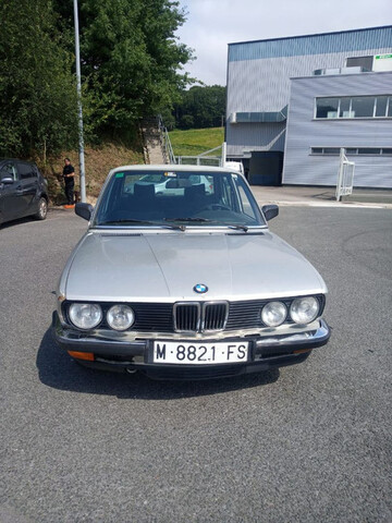 BMW - 524 TD - foto 1