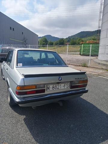 BMW - 524 TD - foto 4