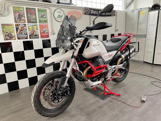 MOTO GUZZI - V85 TT - foto 1
