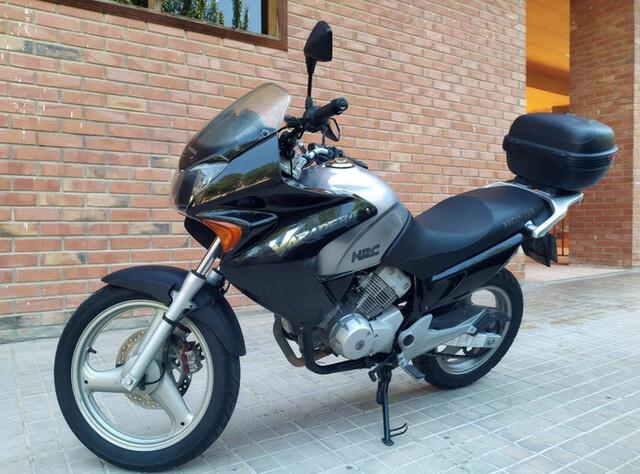 HONDA - VARADERO XL 125 - foto 1