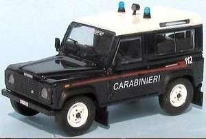 Land Rover Defender Carabineri Escala 1: