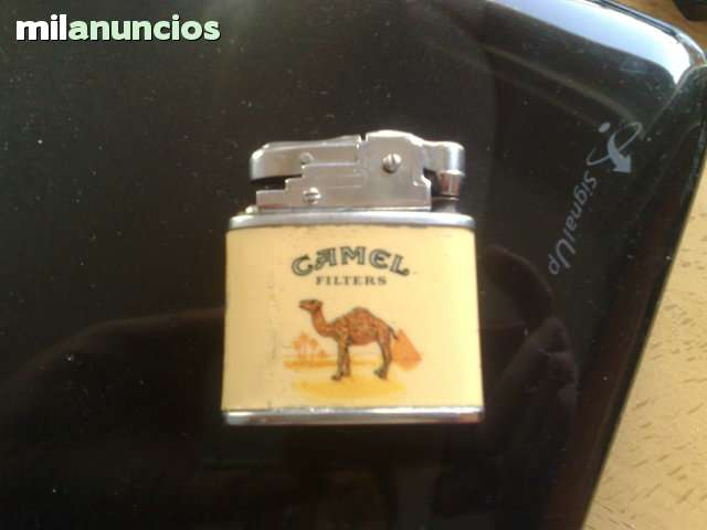 Mechero Camel