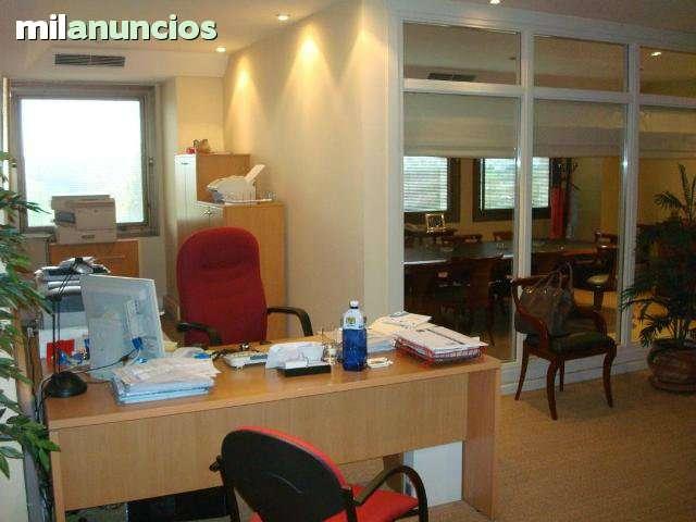 LOS REMEDIOS - AVDA.  BLAS INFANTE,  6 - foto 1