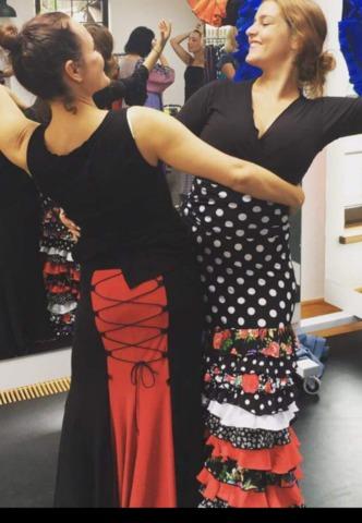 f61a918ad MIL ANUNCIOS.COM - Falda flamenca baile Segunda mano y anuncios ...