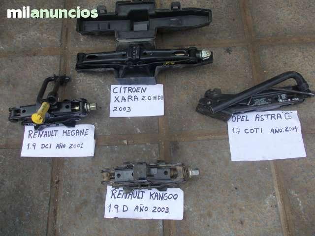 GATO Y LLAVE RUEDAS MEGANE 1. 9 DCI 2001 - foto 1