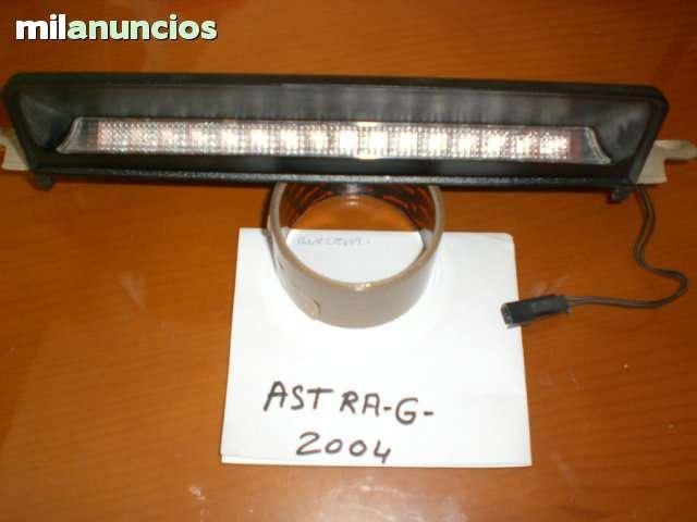 TERCERA LUZ DE  FRENO  ASTRA G 1. 7 CDTI - foto 1