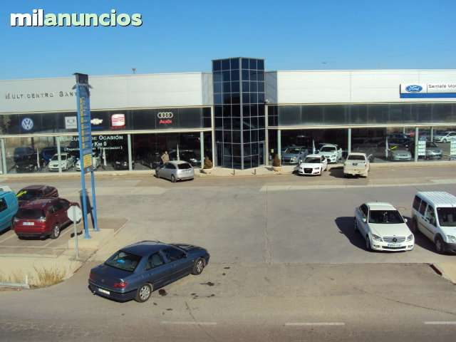 FARO IZQUIERDO CON ANTINIEBLA GOLF IV - foto 1