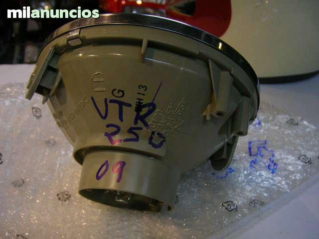 FARO DE HONDA VTR-250 NUEVO - foto 2