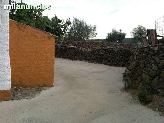 PARCELA EN CASTILLO DE LAS GUARDAS - foto 2
