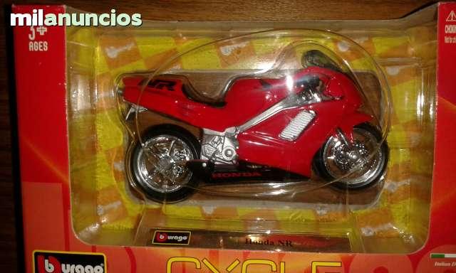 Bmw R 1100 R  Honda Nr Burago 1/18