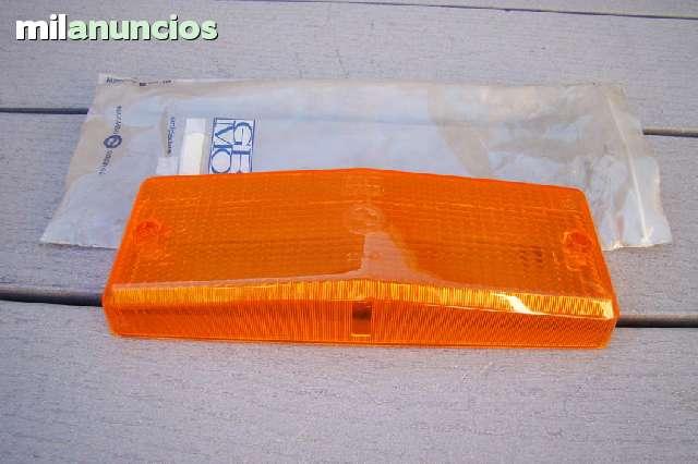 TULIPA TRASERA DERECHA DEL SEAT 124 - foto 1