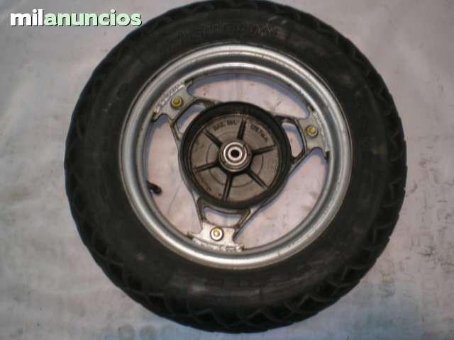 SUZUKI LIDO 75 RUEDA DELANTERA - foto 1