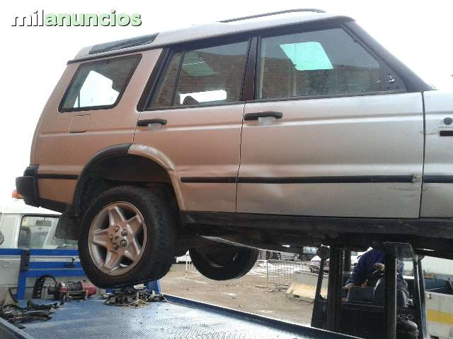 LAND ROVER DISCOVERY TD5 - foto 1