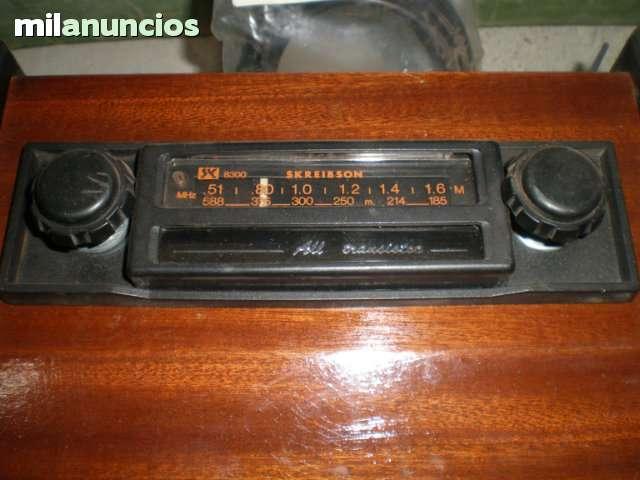 AUTORRADIO CON CAPILLA - foto 1