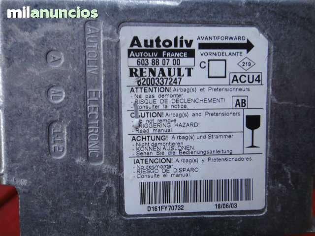 RENAULT MEGAN  CENTRALITA DE AIRBAG 2003 - foto 1
